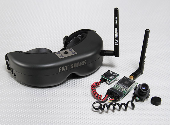 A complet FPV setup from FatShark. The camera, attached to a video transmitter, will be mounted on the RC model, while the pilot will wear the glasses to view the video stream in real time