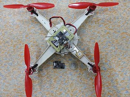 Hobbyking's PCB micro quad with the Lisa/S flight controller - Source