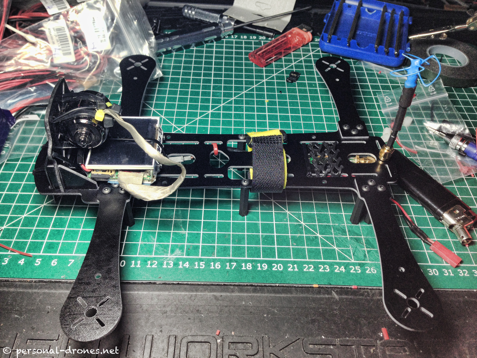 FlyXcopter FPV system self contained in the upper plate of the frame. Top view.